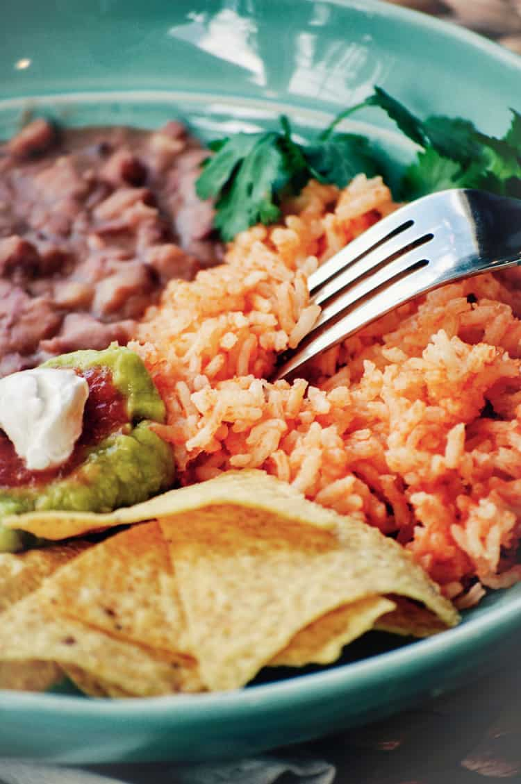 Ohh so Tasty Vegan Mexican Rice Like you've never had it before! https://www.veganblueberry.com