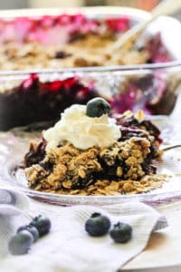 Super Quick and Tasty Vegan Blueberry Crisp! https://www.veganblueberry.com