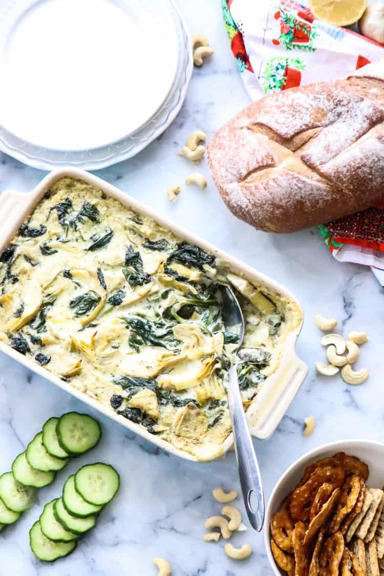 Creamy Vegan Spinach Artichoke Dip
